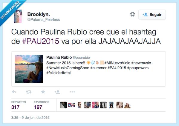 paulina rubio se equivoca en Twitter